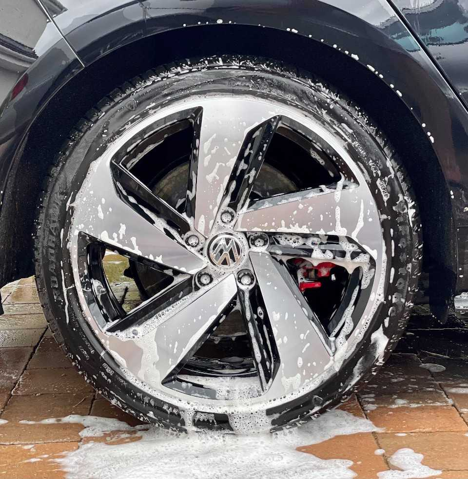 How To Wash A Car Properly