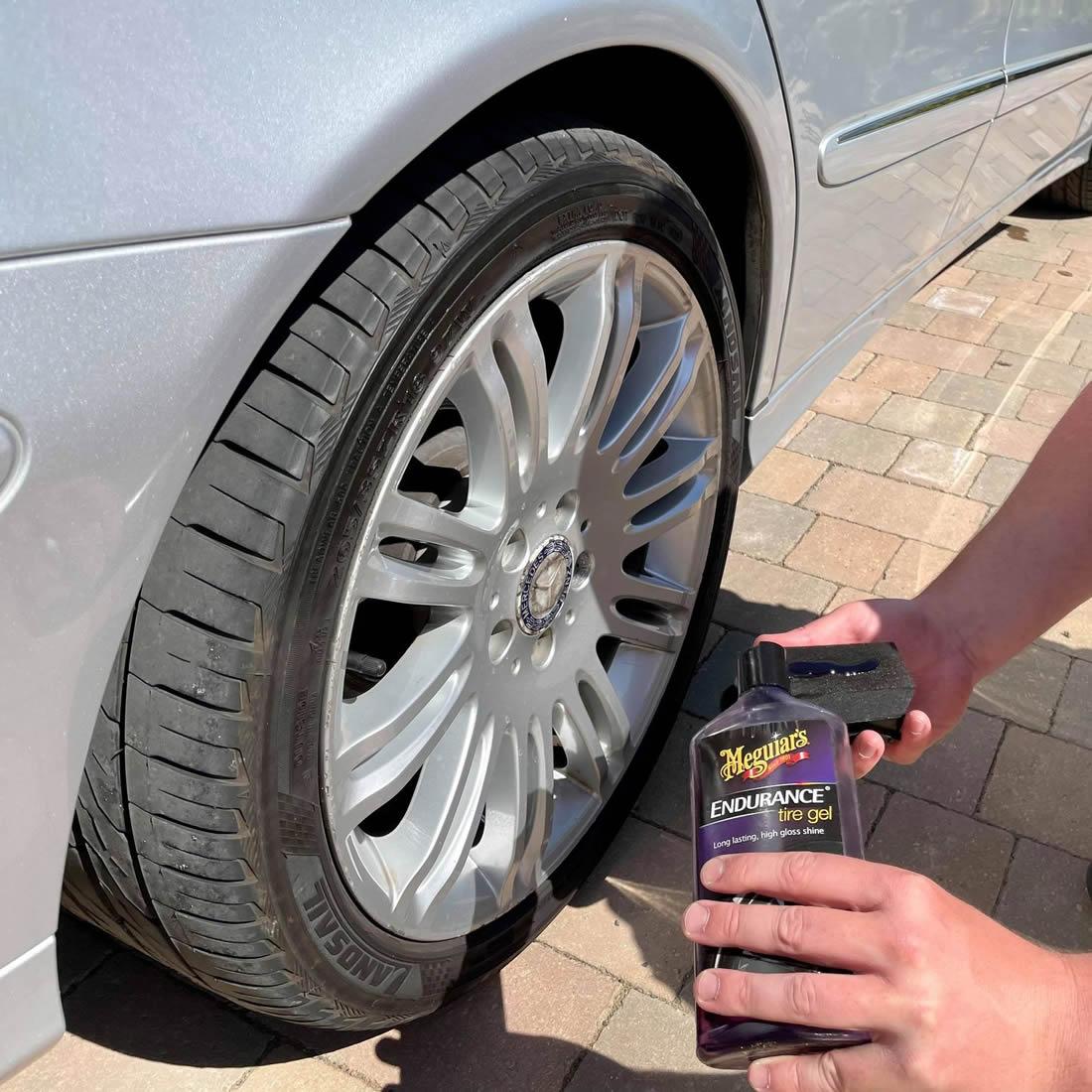 Meguiars Endurance Tyre Gel Application