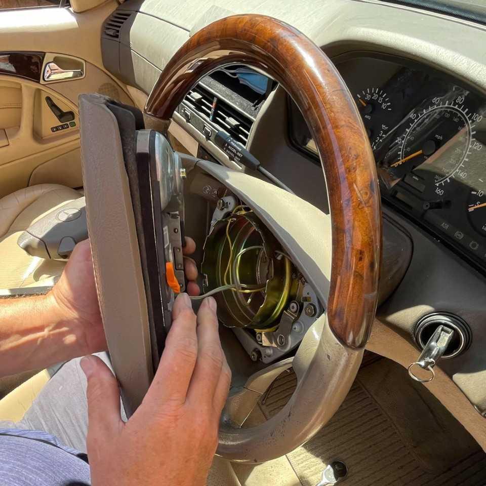 Steering Wheel Removal